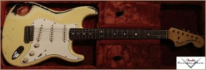 Fender Customshop 1968 Stratocaster Heavy Relic White 3-Tone Sunburst 006
