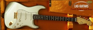 Fender CS sTRAT Robert Cray 005