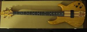 Aria Pro Bass012