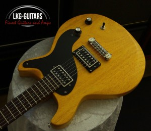 Bass Art D-Cat Korina 003