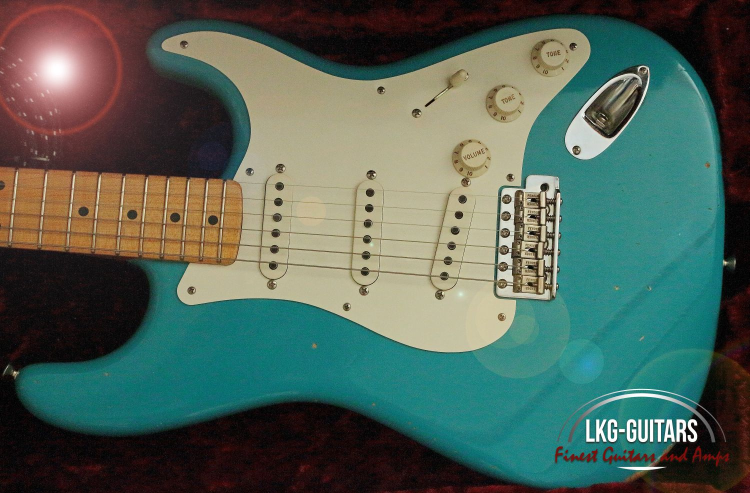 Fender Custom Shop 1956 Duo Tone Stratocaster Relic-Taos Turquoise ...