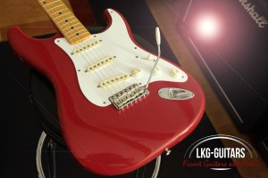 Fender AV 1956 DR 003